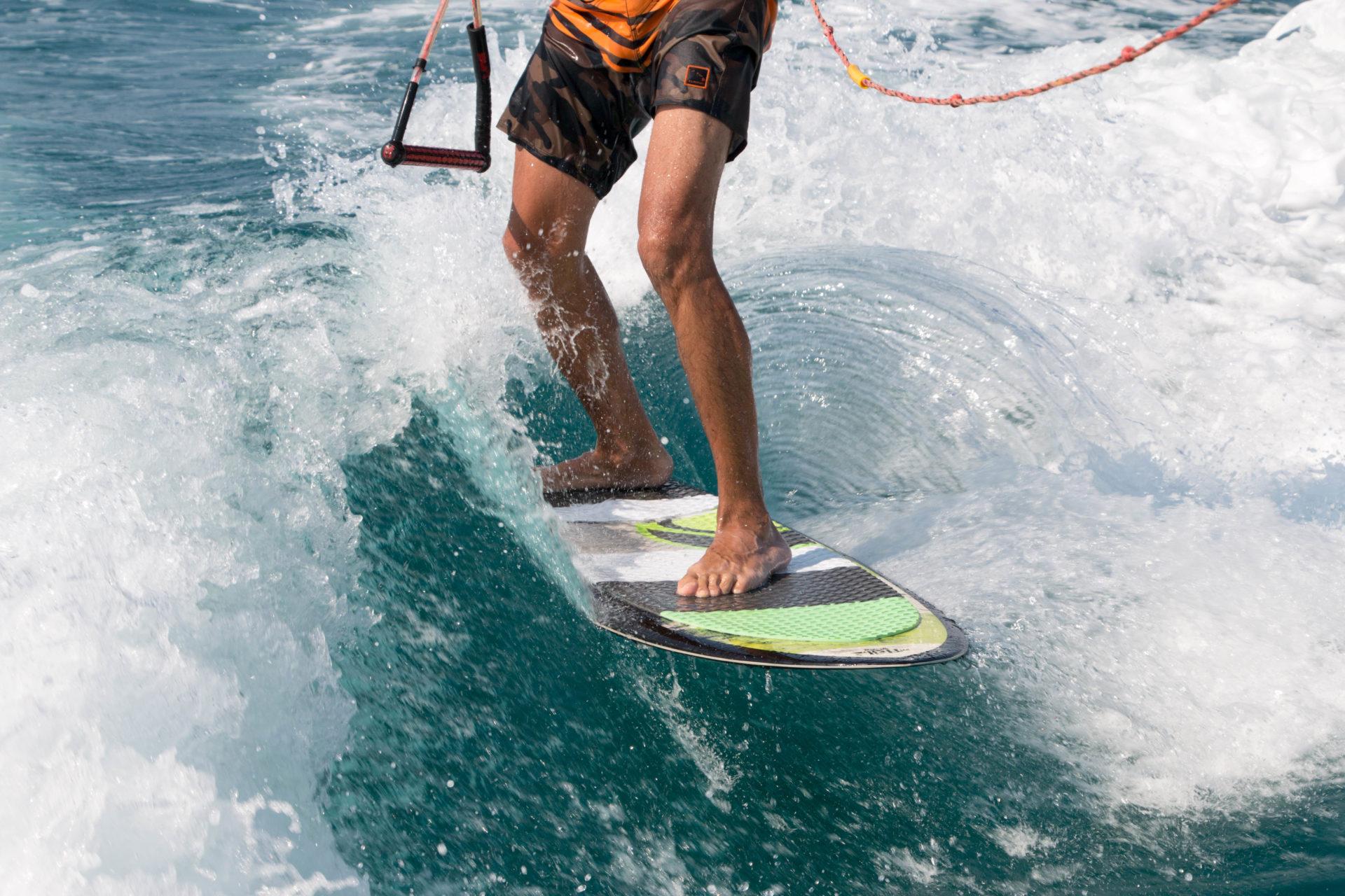 Wakesurfing - Paros Kite Pro Center
